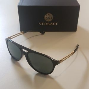 NWT Versace men's sunglasses  4312 Black aviator